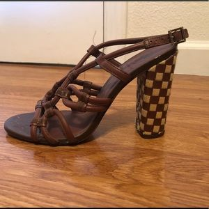 TORY BURCH CHECKERED BLOCK HEEL STRAPY SIZE 9.5